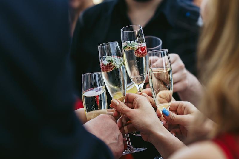 Créez un journal d'anniversaire d'entreprise personnalisé - Happiedays