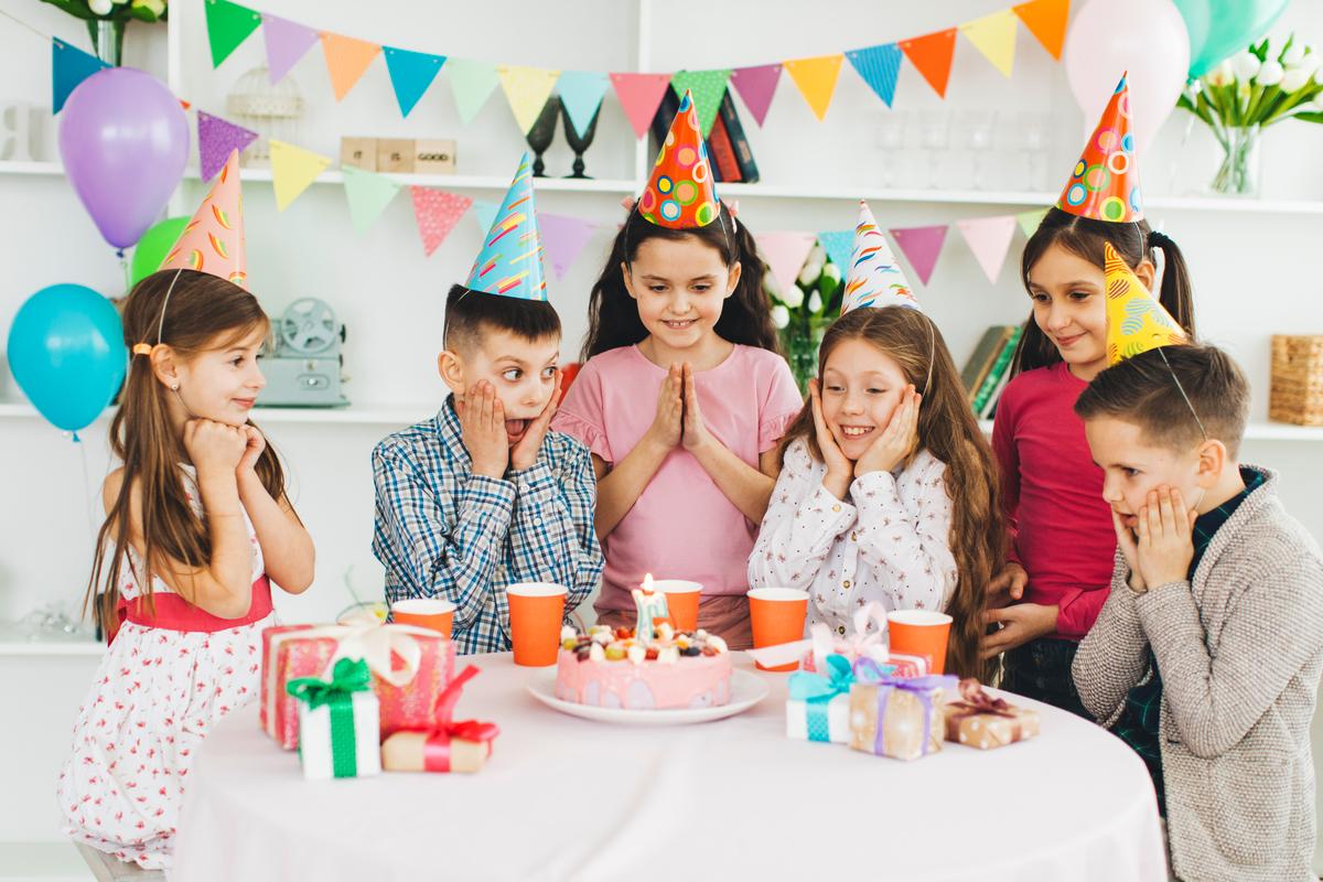 Réaliser un journal d'anniversaire personnalisé online - Happiedays